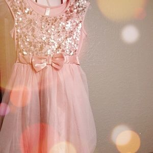 Rose Gold Dress with Sequins 🌹